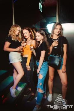 Dancefloor on fire 20-07-2019 (11).jpg